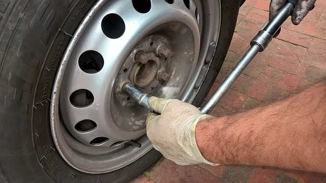 wheel change photo